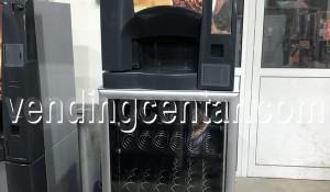 Автомат за кафе и закуски от Вендинг център. цена: 3900 лв.
